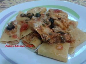 Paccari con Filetto di Spigola, Olive e Capperi